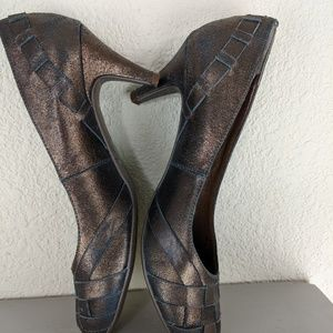 "CHINESE LAUNDRY Copper 2.5"" heels braided leather"